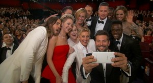 Oscars-2014-Ellen-Degeneres-Celebrity-Selfie-Blasted-for-Product-Placement-431571-2[1]