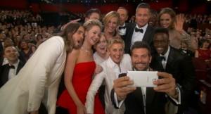 Oscars-2014-Ellen-Degeneres-Celebrity-Selfie-Blasted-for-Product-Placement-431571-2[1]